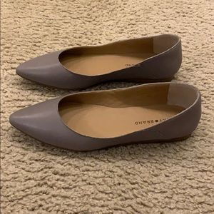 Lucky Brand NWOT Grey Pointed Flats